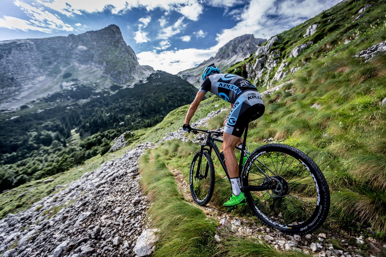 f0866a0b9ac04 Ako prežiť bicyklovanie v letných horúčavách | inSPORTline Blog