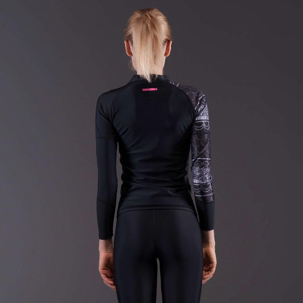 Dámské tričko pro vodní sporty Aqua Marina Illusion - modrá. Elastický  materiál ... c7d75888e1