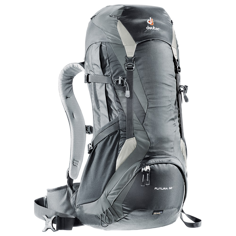 Turistický batoh DEUTER Futura 32 2016 černo-šedá