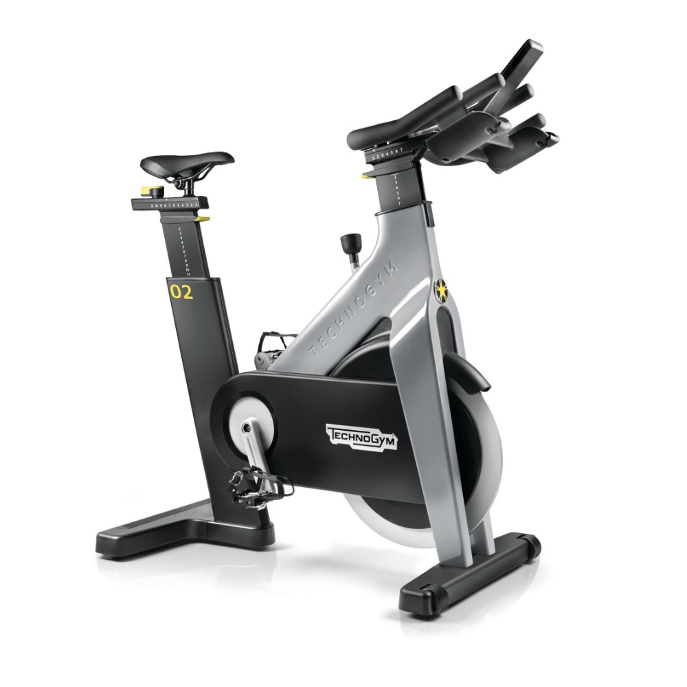 TechnoGym Group Cycle CONNECT šedá